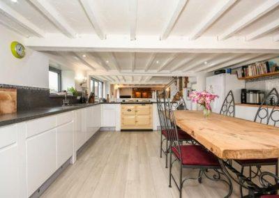 Modern kitchen diner by Davey Stone Associates architectural designer